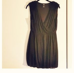 2 for $30 💘 H&M black dress, size S